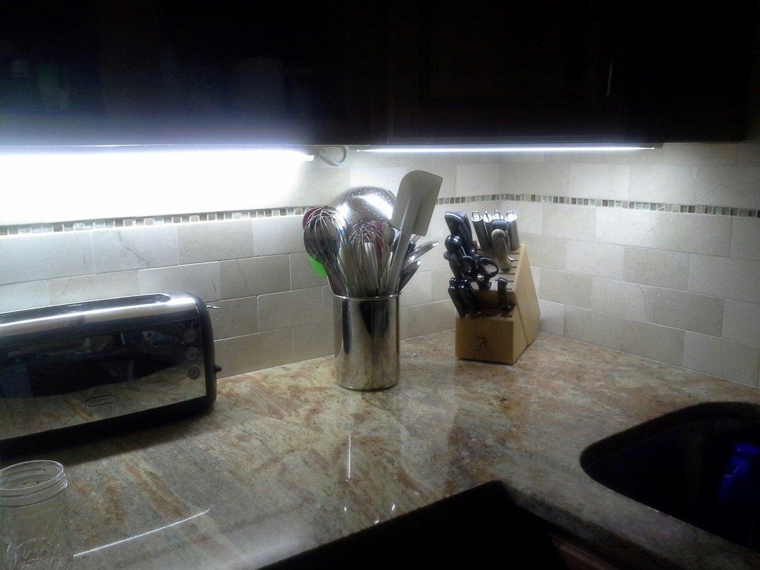 Jesco T5 Fluorescent Sleek Plus Light Fixture W Bulb 58 1